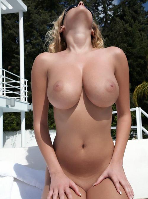 美巨乳と呼ばれる名高いオッパイ画像