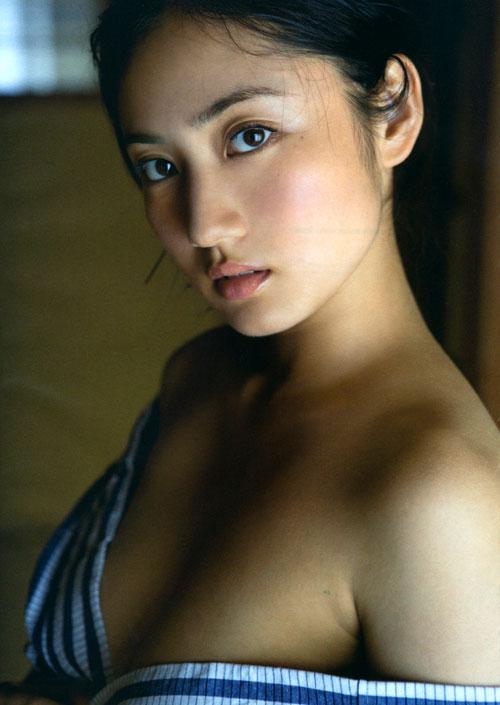 紗綾の全裸ヌードでおっぱい露出24