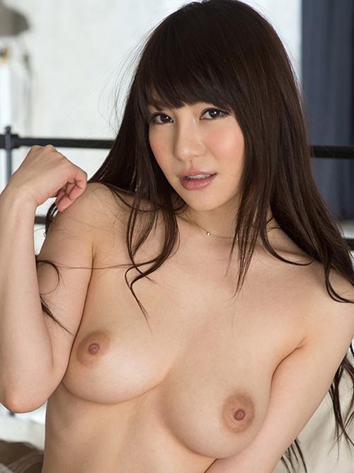【葵】21歳92㎝天然Hカップ巨乳おっぱい(・ω・ノ)綺麗なヌード