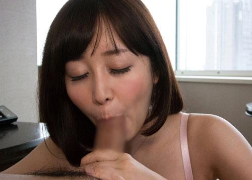 篠田ゆうのEカップ巨乳おっぱい24