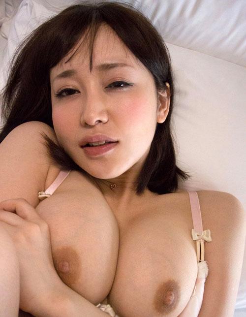 篠田ゆうのEカップ巨乳おっぱい35