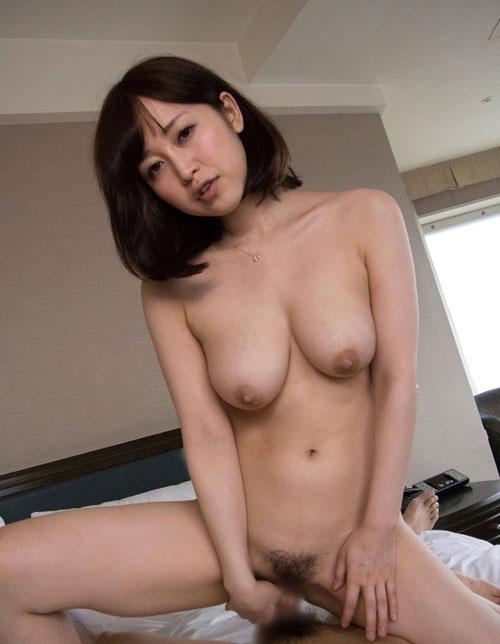 篠田ゆうのEカップ巨乳おっぱい36