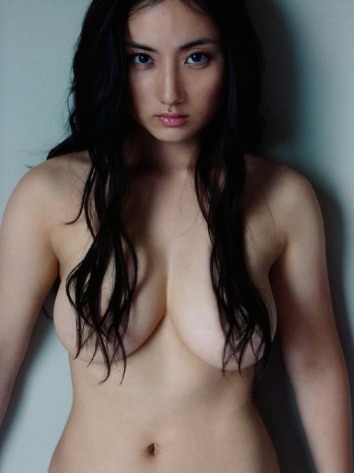 紗綾 何故か乳首の見えないw 話題の裸身ヌードまとめ #エロ画像 45枚