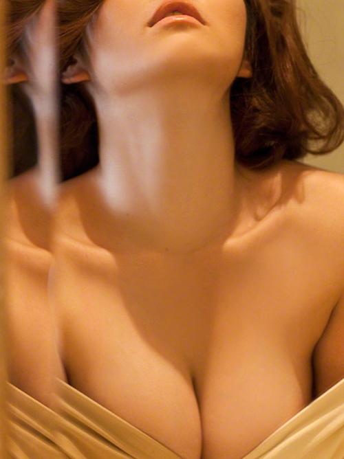 【磯山さやか】『AneCan』専属ぷにモデル(・ω・ノ)美熟女32歳88㎝巨乳おっぱいグラビア