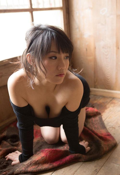 澁谷果歩のKカップ爆乳おっぱい34