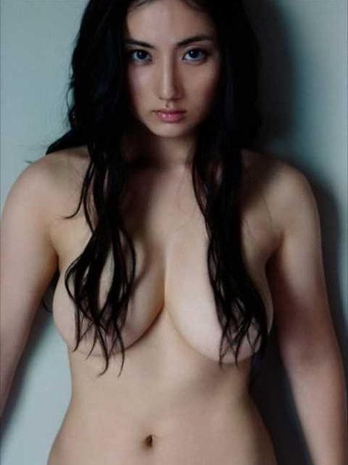 紗綾 ヌードも披露した大人っぽくなってエロい美巨乳おっぱい画像