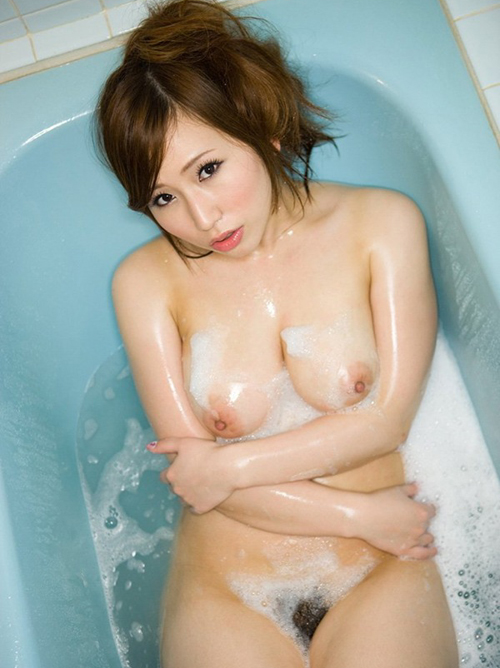 【佐山愛】ぷるぷる巨乳おっぱいフルヌードΣ(´∀`;)水着から爆乳オッパイ撮影動画