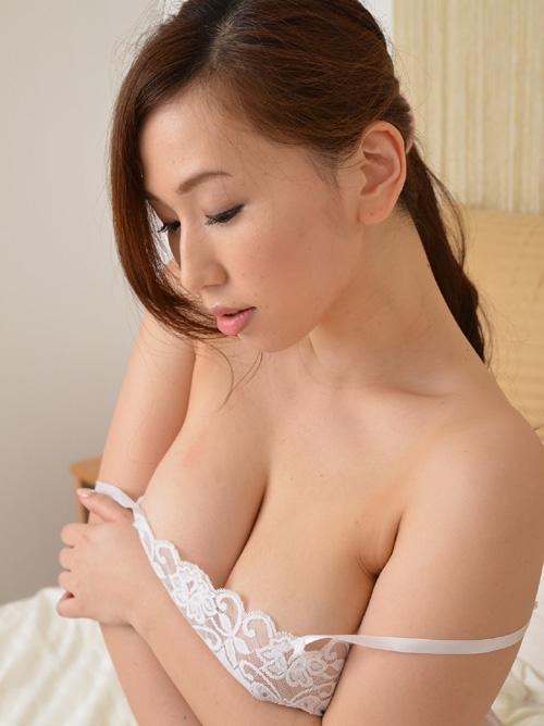 HカップAV女優 『佐山愛』の、エロい人妻臭が尋常じゃない件 No.2 #エロ画像 88枚