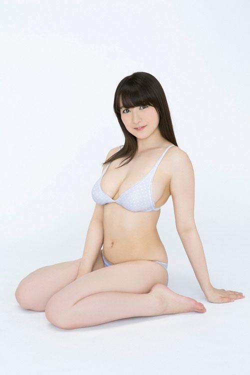 紺野栞のぽっちゃり柔らかおっぱい28