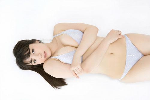 紺野栞のぽっちゃり柔らかおっぱい36