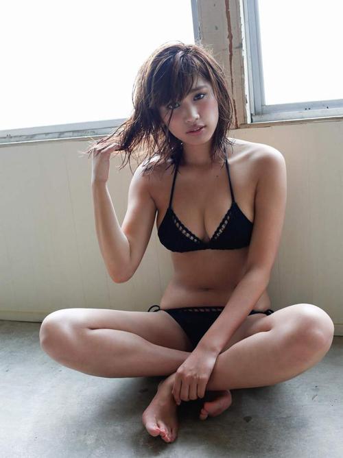 久松郁実(19) もうすぐオトナの黒い水着。画像×21