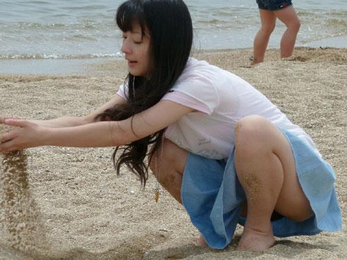 無防備?作戦?女の子がチラチラと見せる胸元がくっそエロい件