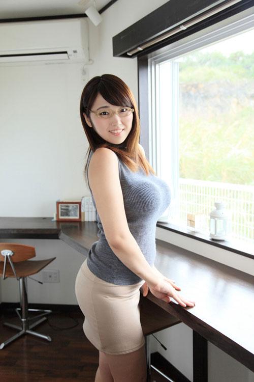松本菜奈実のマシュマロおっぱい6