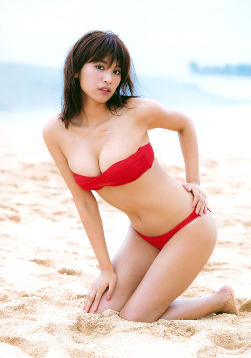 久松郁実スタイル抜群のおっぱい24