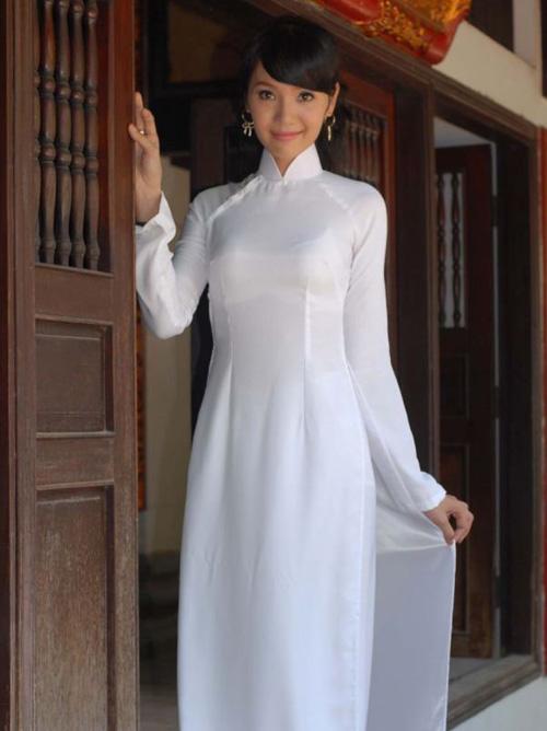アオザイのベトナム美女が美しすぎて・・・・・世界一セクシーな民族衣装