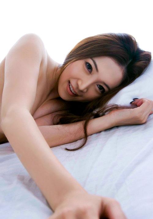小川あさ美Eカップ美乳おっぱい17