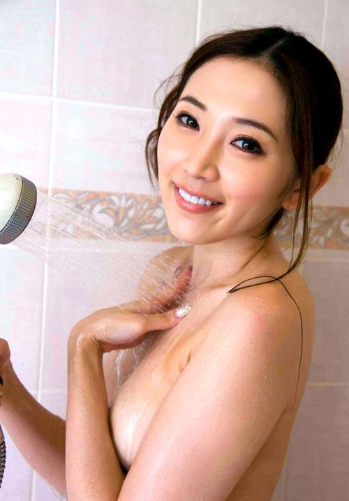小川あさ美Eカップ美乳おっぱい24
