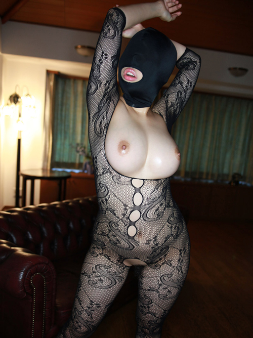 Iカップ美爆乳の中出し専門雌豚「性欲処理マゾマスク 04号」 #無修正動画 #エロ画像 47枚