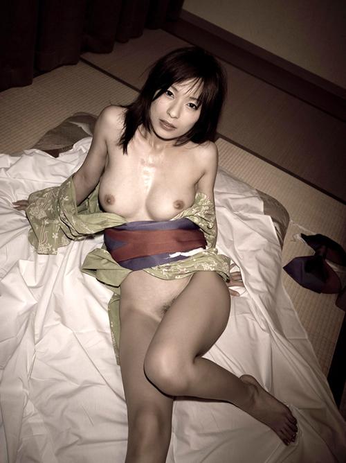 美麗グラビア × かすみ果穂 はだける浴衣