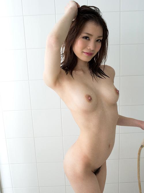 【No.28088】 濡れる / 鈴村あいり