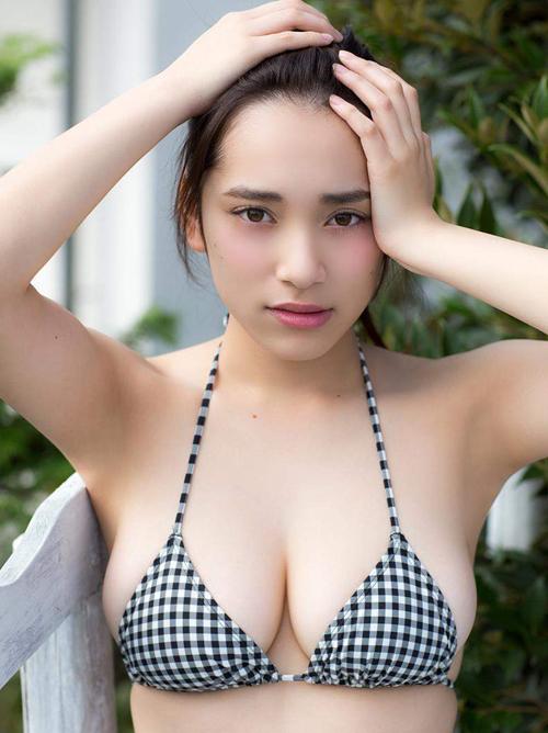 都丸紗也華(19)がビショ濡れ。画像×42