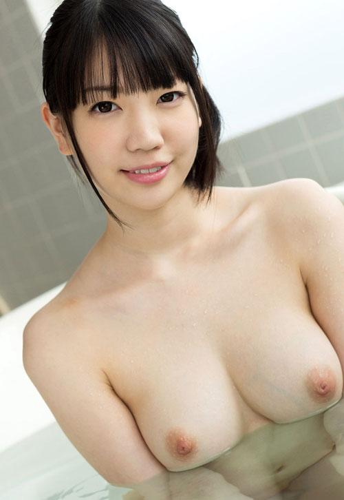 鈴木心春Fカップ美巨乳おっぱい23