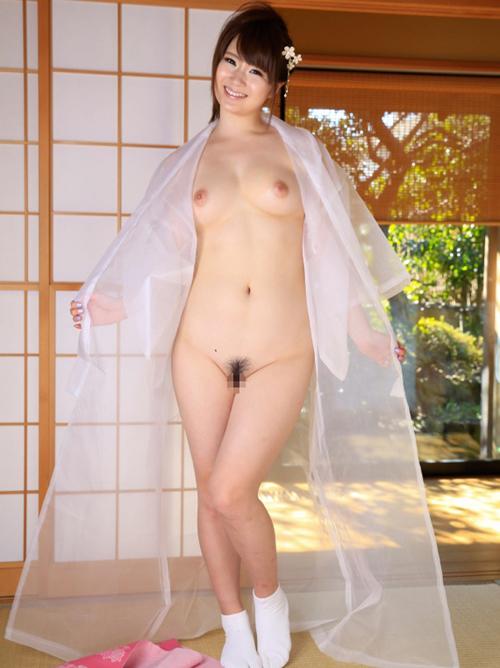 スケスケの着物に身を包んだ西川ゆいちゃんがエロカワ過ぎる!