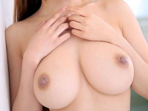 【奇跡?】スレンダー体型なのに巨乳な女子達のエロ画像【工事?】