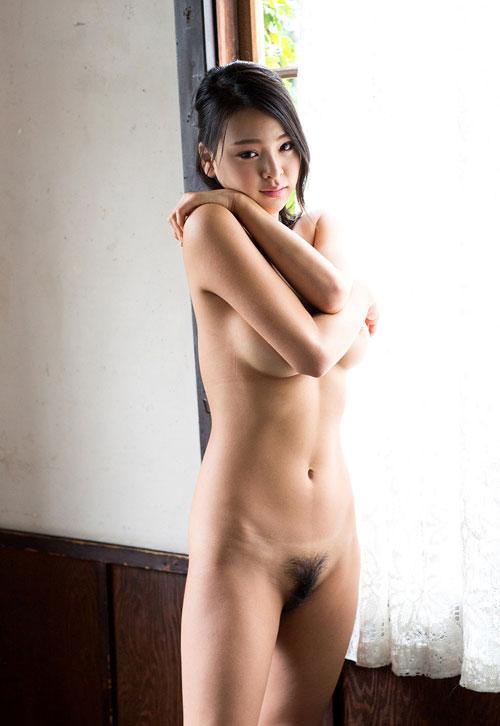 南真菜果Hカップ美巨乳おっぱい34
