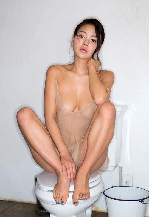 南真菜果Hカップ美巨乳おっぱい41