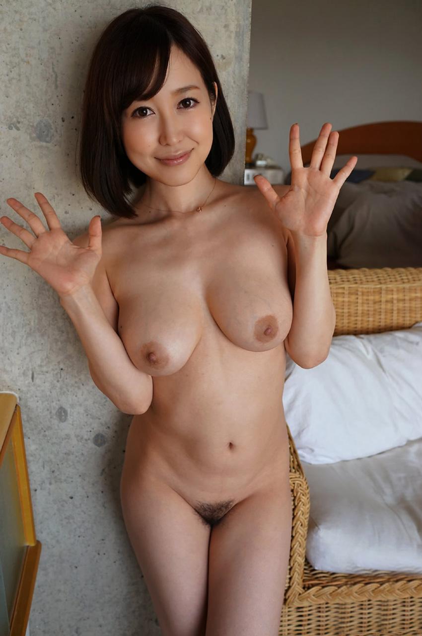 篠田ゆう 競泳ミズ着から透けて見える美美巨乳お乳に見惚れちゃう☆