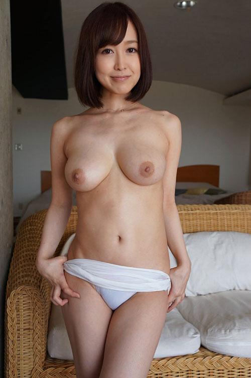 篠田ゆうFカップ美巨乳おっぱい15