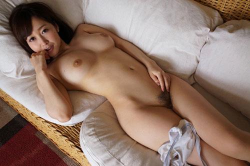 篠田ゆうFカップ美巨乳おっぱい22
