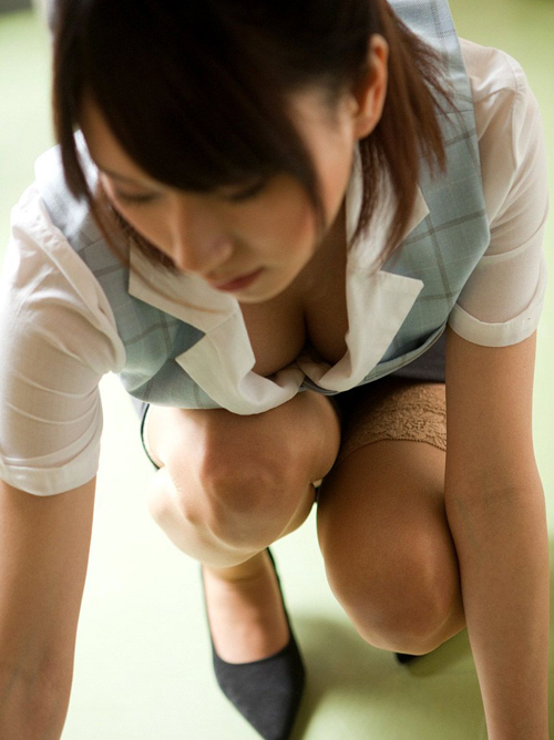 【三次】ヤリたくなる女性社員のエロ画像part2