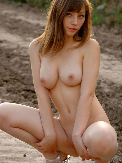 美肌な北欧系外国人のおっぱいってマジピンクwwwww 白人厳選美人美巨乳画像50枚