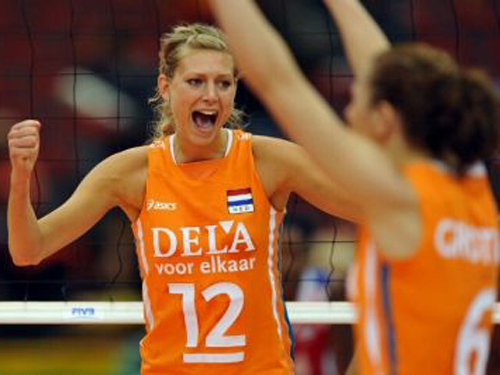 【女子バレー】オランダ代表選手の美乳や太ももがガチでエロい!