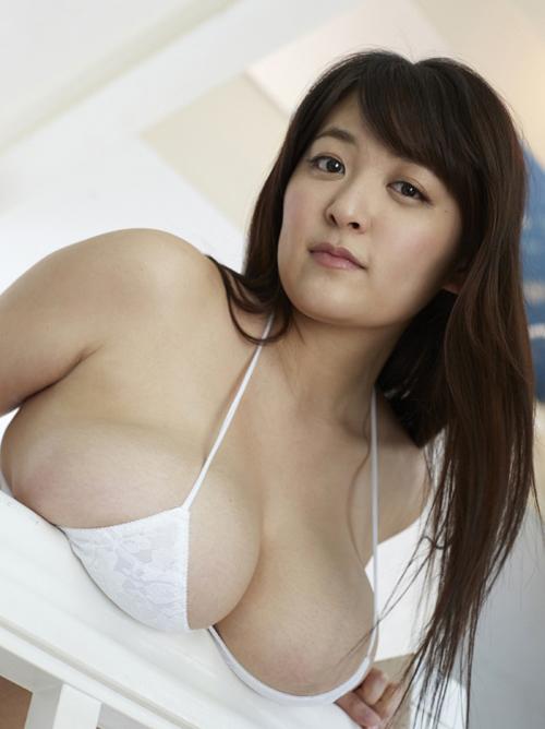 柳瀬早紀 「デカ過ぎて卑猥」 Iカップ100cmグラビアアイドル #エロ画像 65枚