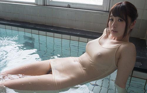 初美沙希Eカップ美巨乳おっぱい5
