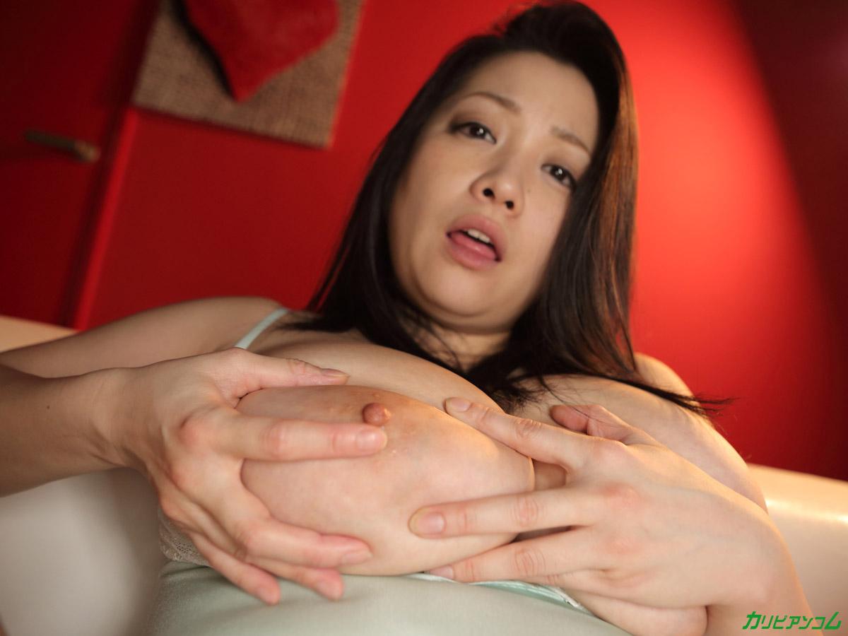 小向美奈子 モザ無解禁直前スライム乳の再来に見惚れちゃうえろ写真