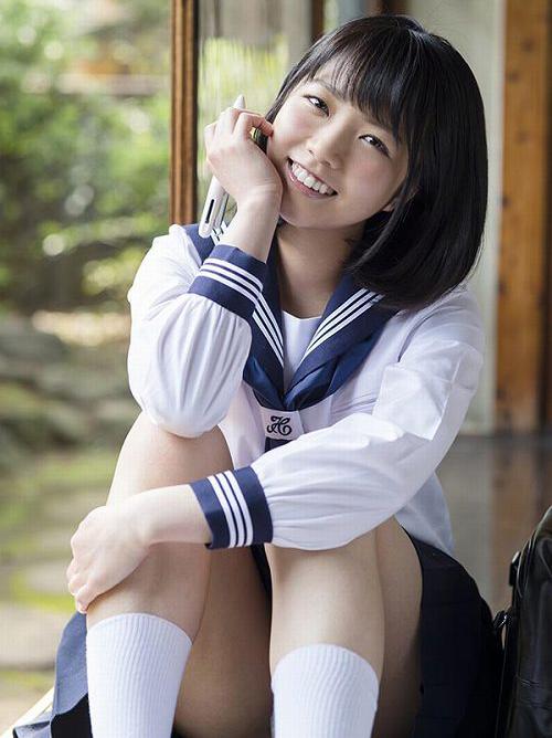 戸田真琴 キスすら経験なしの全てが初めてウブカワ娘のCカップおっぱい画像