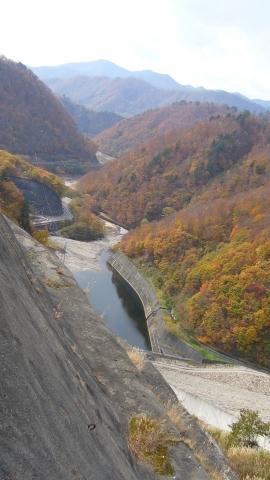 奈良俣ダムからの眺め