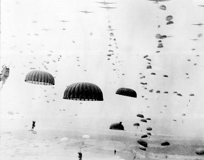 1944年9月、マーケット・ガーデン作戦における空挺降下