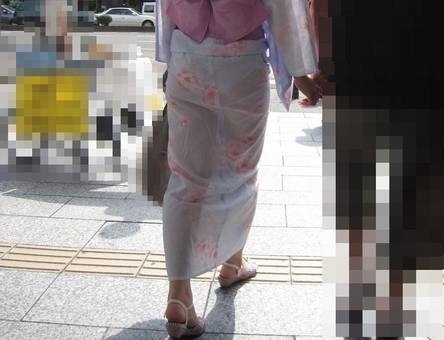アダルト画像3次元 - 夏祭りシーズン★浴衣でおぱんちゅ透け透けになってるから見に行かなきゃ