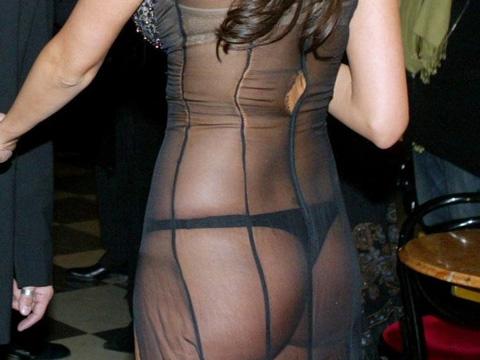 (写真)シースルーの服に下着だけだとそりゃこうなるわな・・・(11枚)