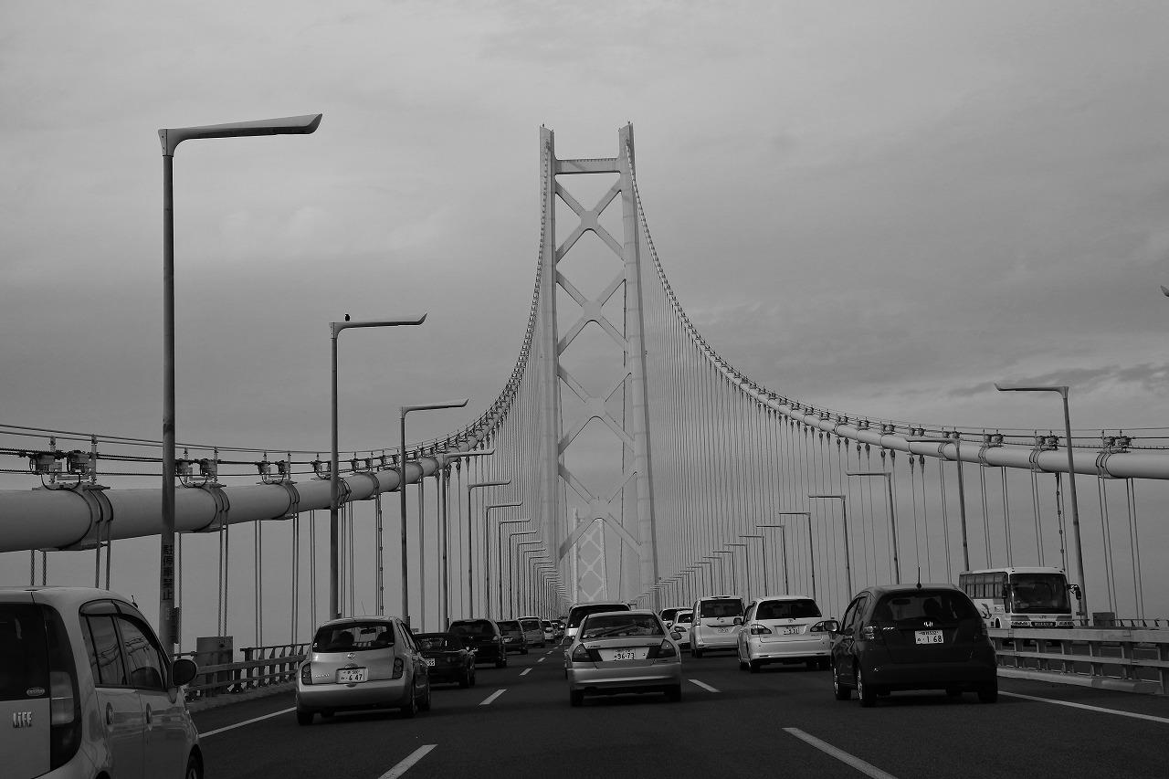 淡路から明石へ(明石海峡大橋)