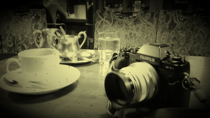 XT1cafe.jpg