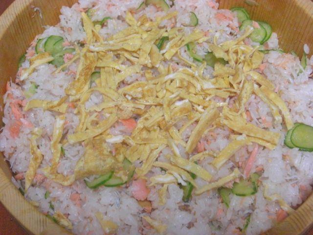 秋ジャケちらし寿司