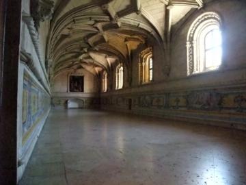 ポルトガル128ジェロニモス修道院回廊