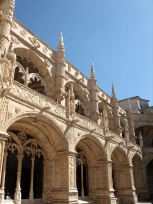 ポルトガル131ジェロニモス修道院回廊