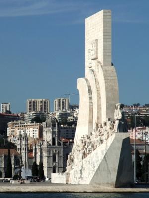 ポルトガル140発見のモニュメント